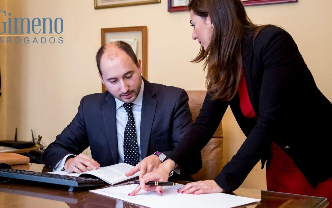 ¿A qué se dedican los abogados expertos en herencias?